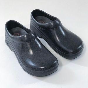Black Polyurethane Clogs